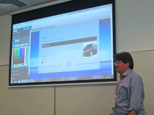 John Cotton demonstrating The WordPress Theme Customizer
